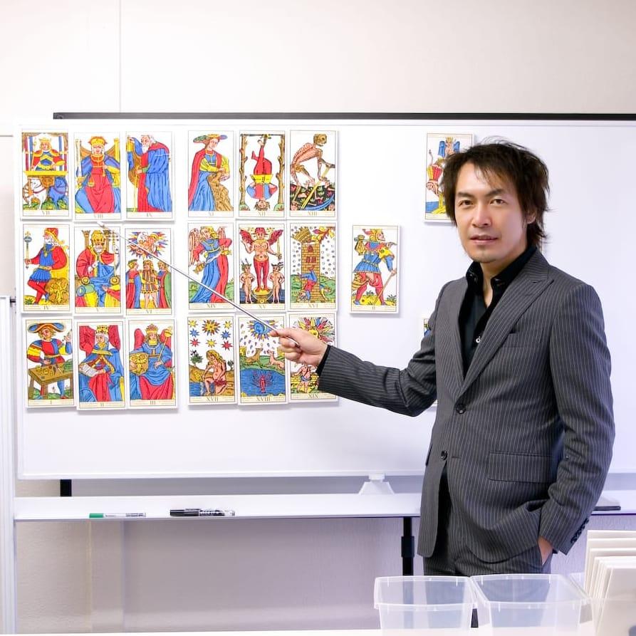 伊泉龍一先生の画像